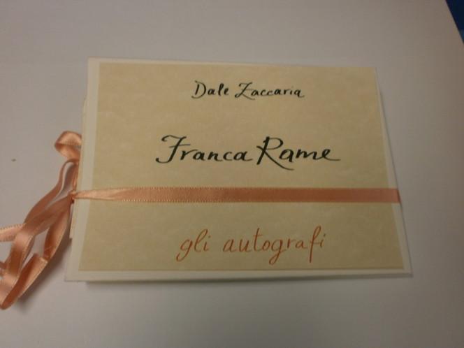gli-autografi-poesia-franca-rame-di-dale-zaccaria